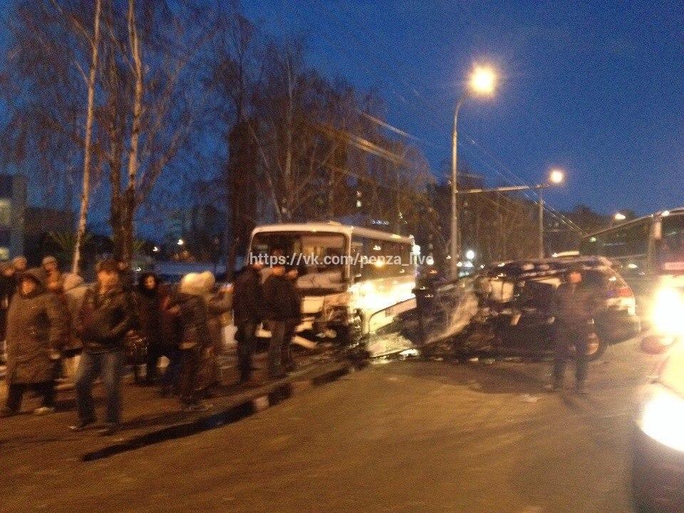 ВПензе в ужасной трагедии уАвтовокзала умер человек