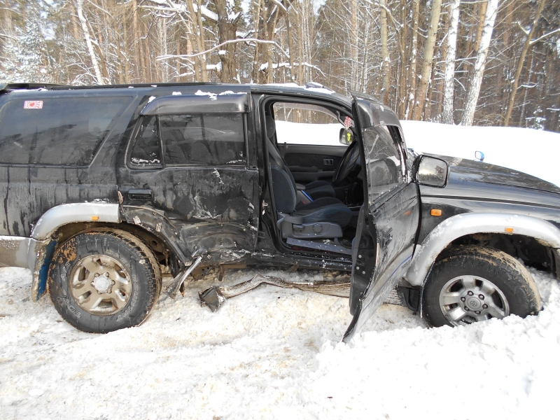 ВТамбовской области столкнулись «Toyota» и«Lada Granta»: есть пострадавшие
