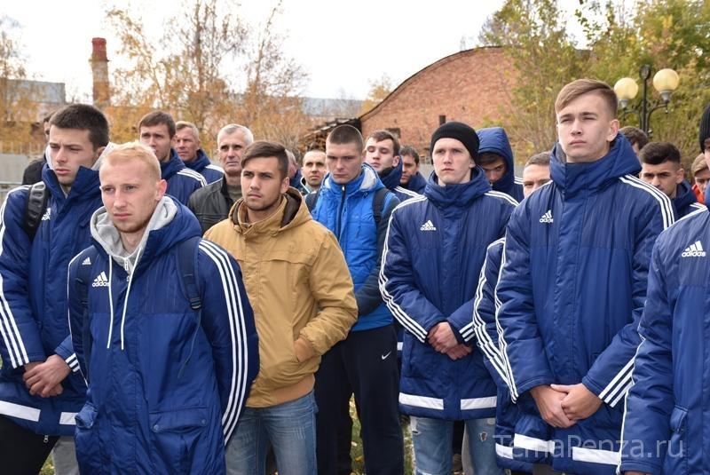 ВПензе открыли мемориальную доску памяти Сергея Филиппенкова