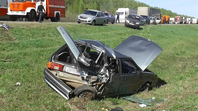 ВПензенской области произошла авария с7 транспортными средствами