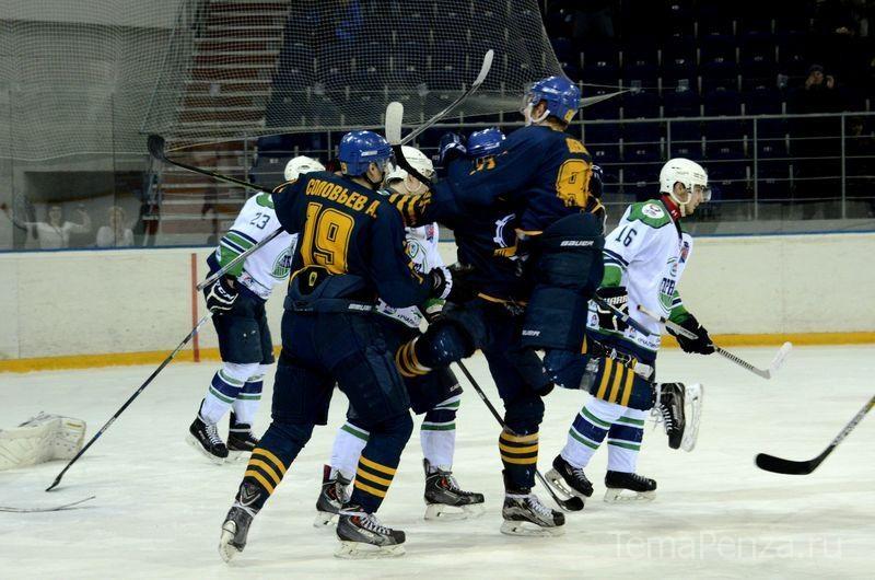 Команда Алексея Ваулина одержала волевую победу в третьем матче финальной серии Кубка Регионов