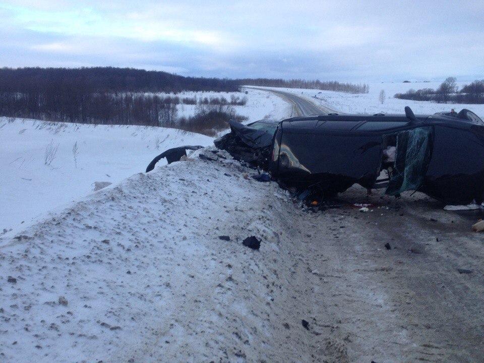 Встрашном ДТП натрассе «Н. Новгород— Пенза— Саратов» погибли 3 человека