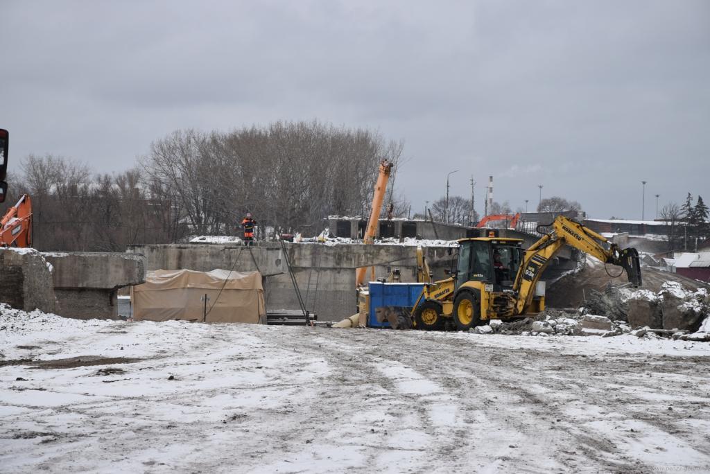 Ремонт Свердловского моста вПензе: начинается пробная забивка свай