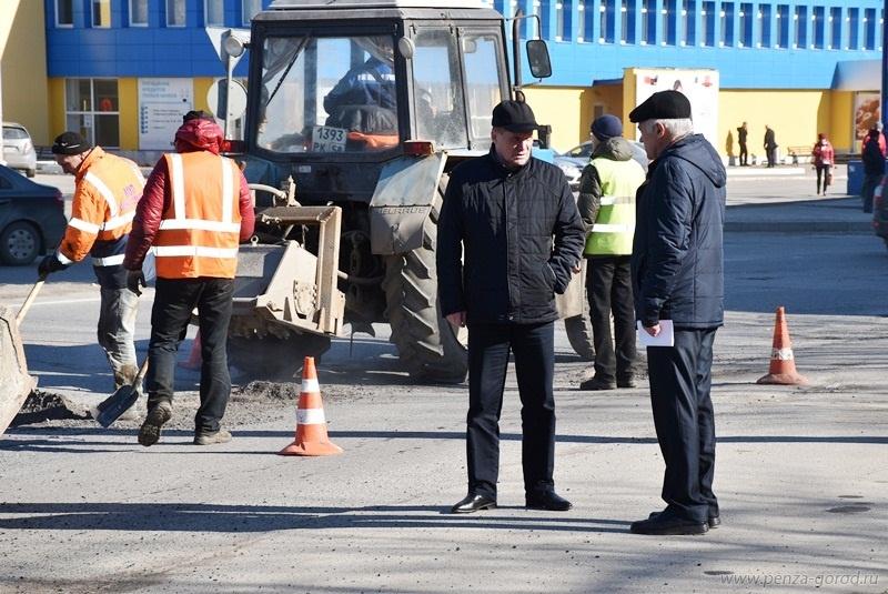 Мэр города призвал пензенских дорожников активизировать работу