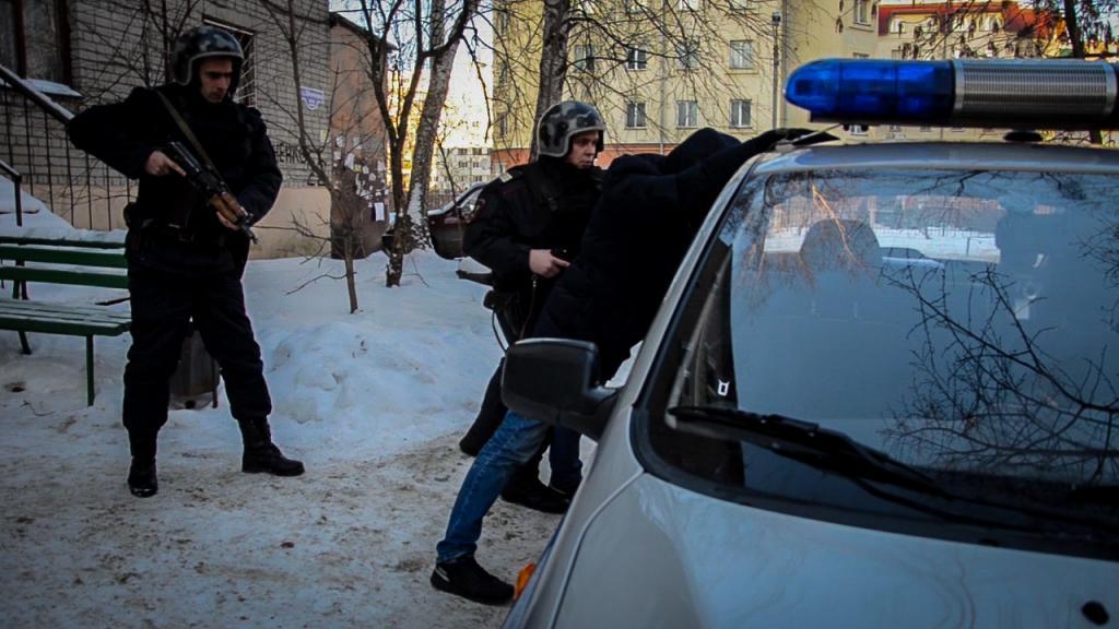 ВПензе работники Росгвардии задержали подозреваемого вграбеже